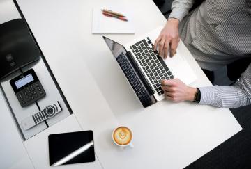 Фирмен уеб сайт – защо е необходим за всеки бизнес?