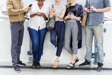 Прави ли ни антисоциални социалната мрежа