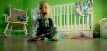 Как да осигурим безопасно място за игра на бебето