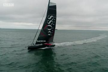 Коя е най-бързата състезателна яхта за 6 млн. паунда?