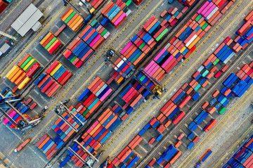Няколко приложения на универсалните контейнери