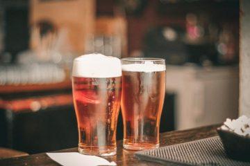 Защо пяната на бирата е бяла? | Sutrin.com