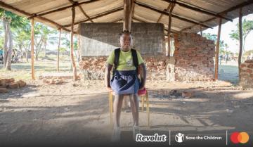 Revolut и Mastercard с капания за спасяване на училища