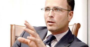 Бившият шеф на КФН Стоян Мавродиев: Брокерите на Прокопиев бързаха преди Коледа на 2011 г. с продажбата на ЕВН – Труд