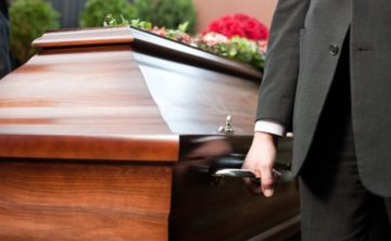 Смърт на близък – какво се прави след това