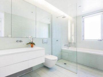 Какъв тип прегради да изберем за интериора на банята – Гост-блог за рекламни и PR статиии