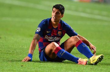 """Луис Суарес """"бесен"""" на Барселона, преминаването му в Атлетико Мадрид е под съмнение"""