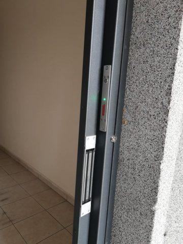 Причини, налагащи монтиране на брава с контрол на достъп на жилищен вход   Imot.BIZ