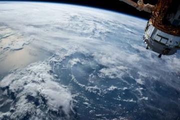 JPMorgan потвърди завършването на тестови блокчейн плащания, извършени в космоса – Cryptalaxy