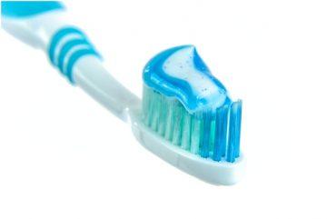 Какво е важно да знаем при избора на четка за зъби