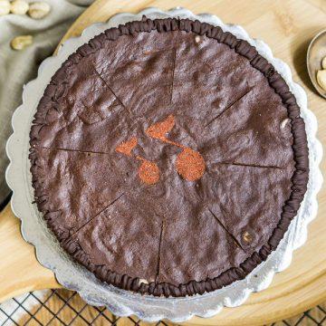 А ла Сникърс ▷ А ла Сурова торта с печени фъстъци