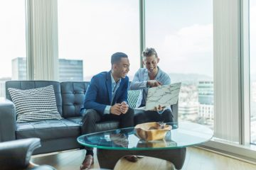 Какво е кредитен брокер и как се променят услугите му?
