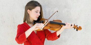 Можете ли да се научите да свирите на цигулка и да ходите на уроци по цигулка, без да знаете теория на музиката?